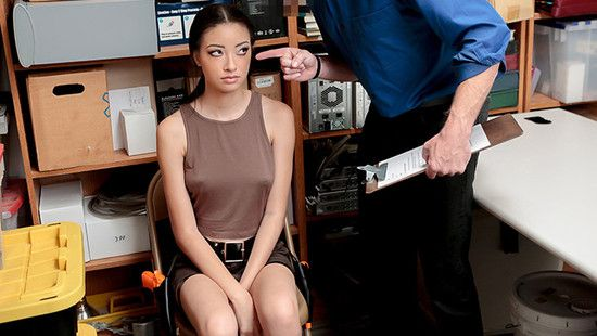 Shoplyfter – Case No. 1022193 – Scarlett Bloom