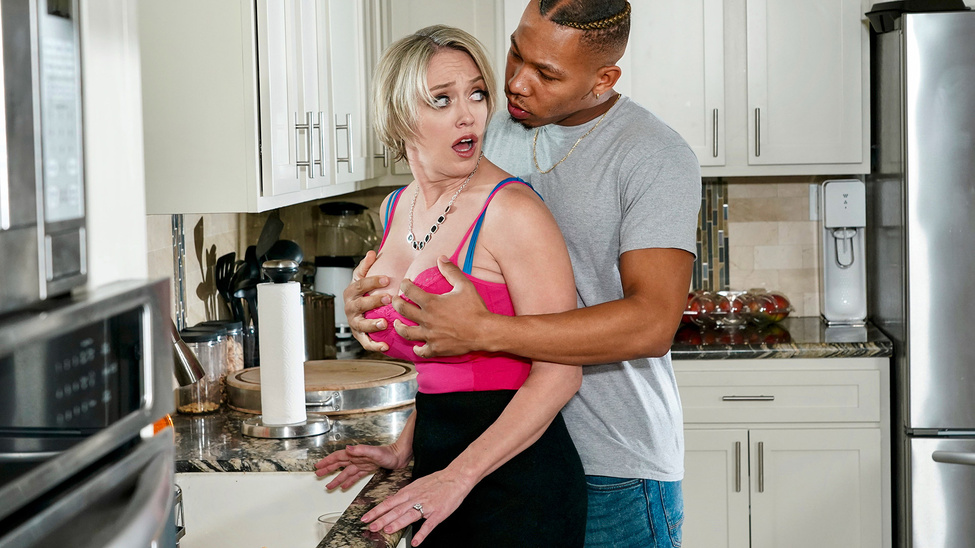 [MilfsLikeItBig] Dee Williams – Cum County