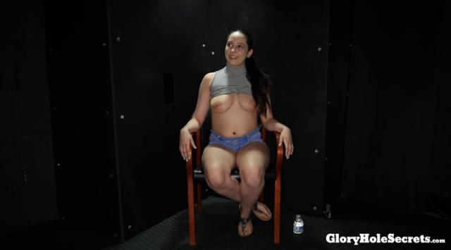 [GloryHoleSecrets] Kyra Rose – First Glory Hole