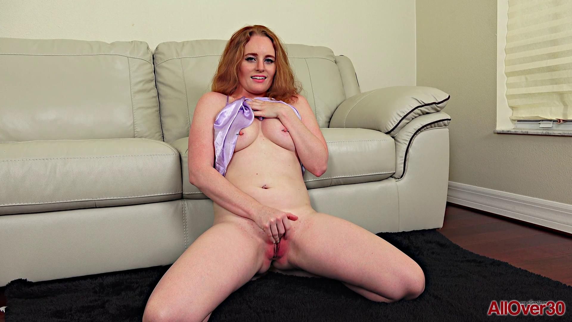 Roxy Normandy Mature Pleasure