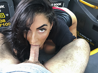 [FakeTaxi] Ava Koxxx – She rides his face like a bicycle