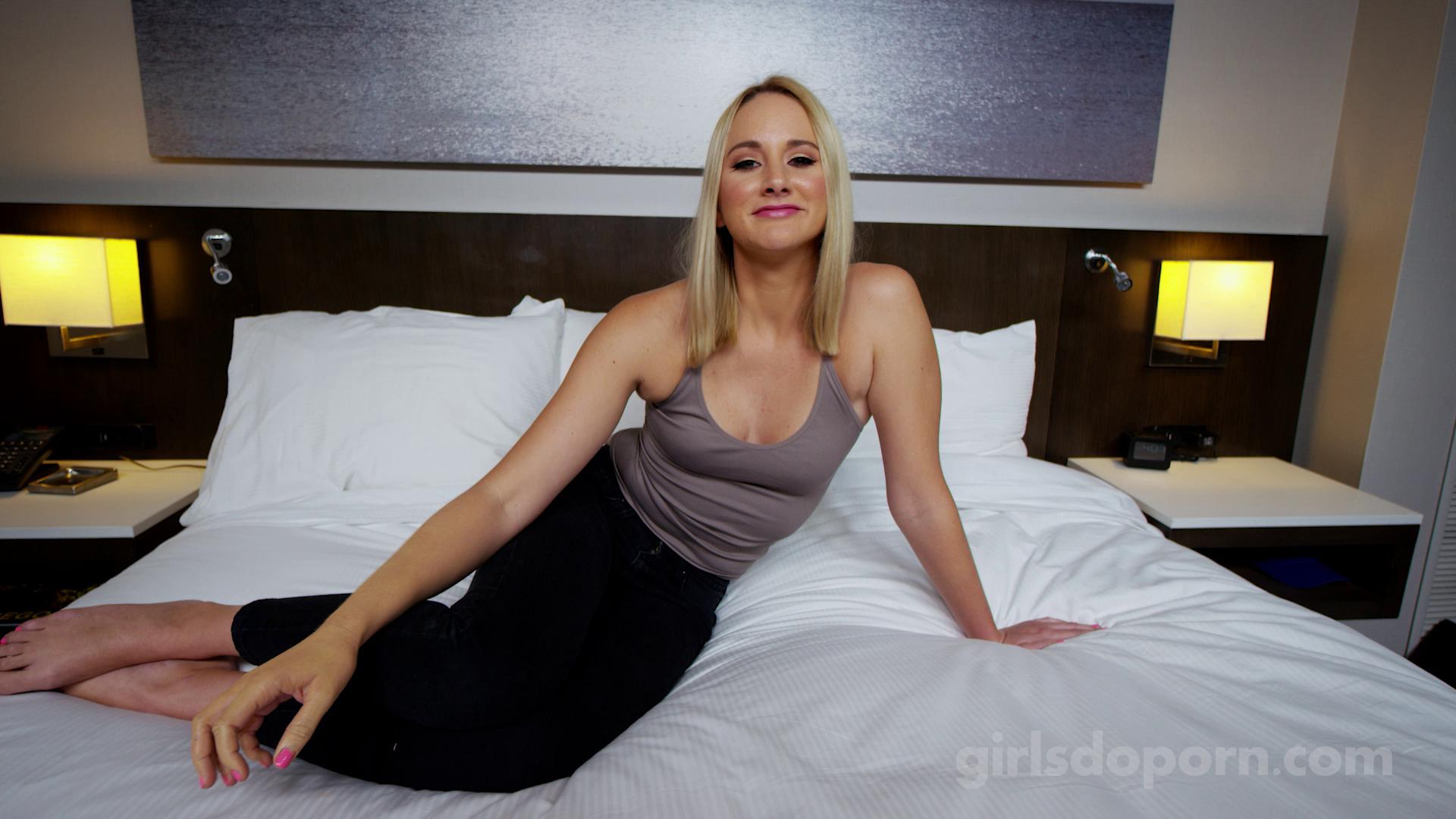 GirlsDoPorn E473 24 Years Old